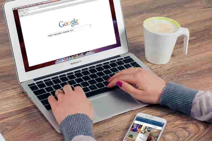 グーグル検索する人